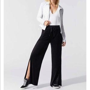 Alala liya wide leg velour sz s black track pants